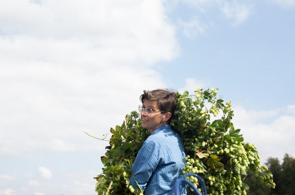 Little Scotney Farm, Hop Harvest Trip 2014. Image: Elena Heatherwick